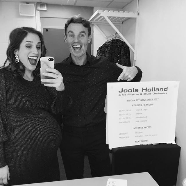 Can't resist a dressing room selfie! 2 more shows left with @jools.holland.official this year! #backtoblack
