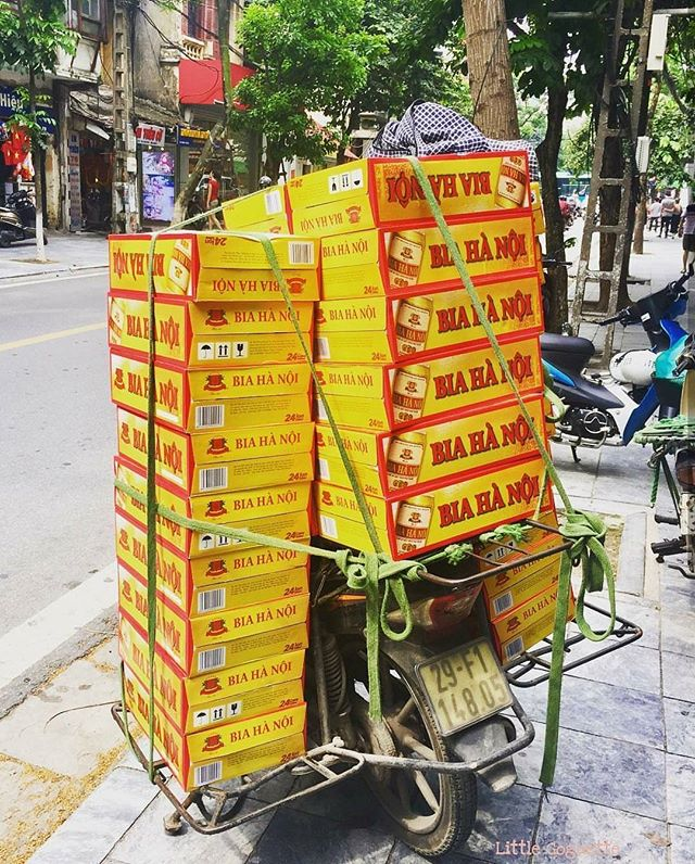 It's a full load for today's lunchtime rush 🍻 📷: @littlegoguette