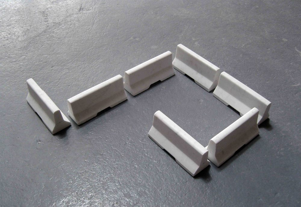 Invitation,  2007, white marble (7 pieces), 7.5x6x17cm each.