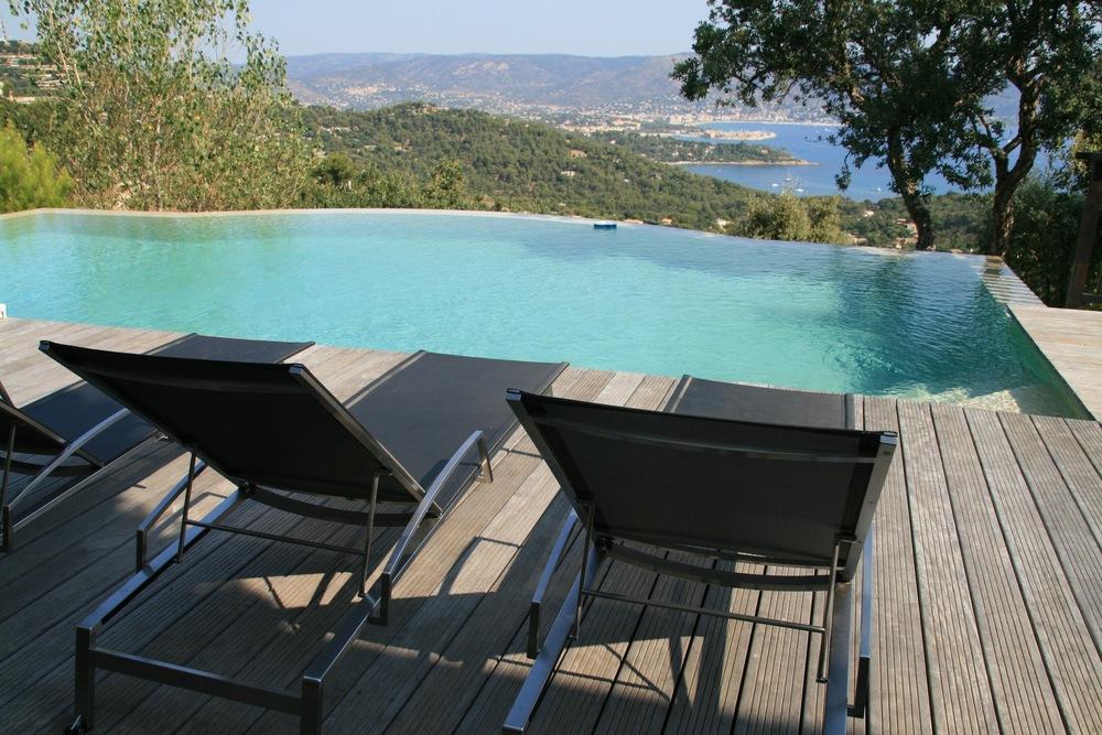 Transat piscine design beautiful transat de piscine - Transat piscine design ...
