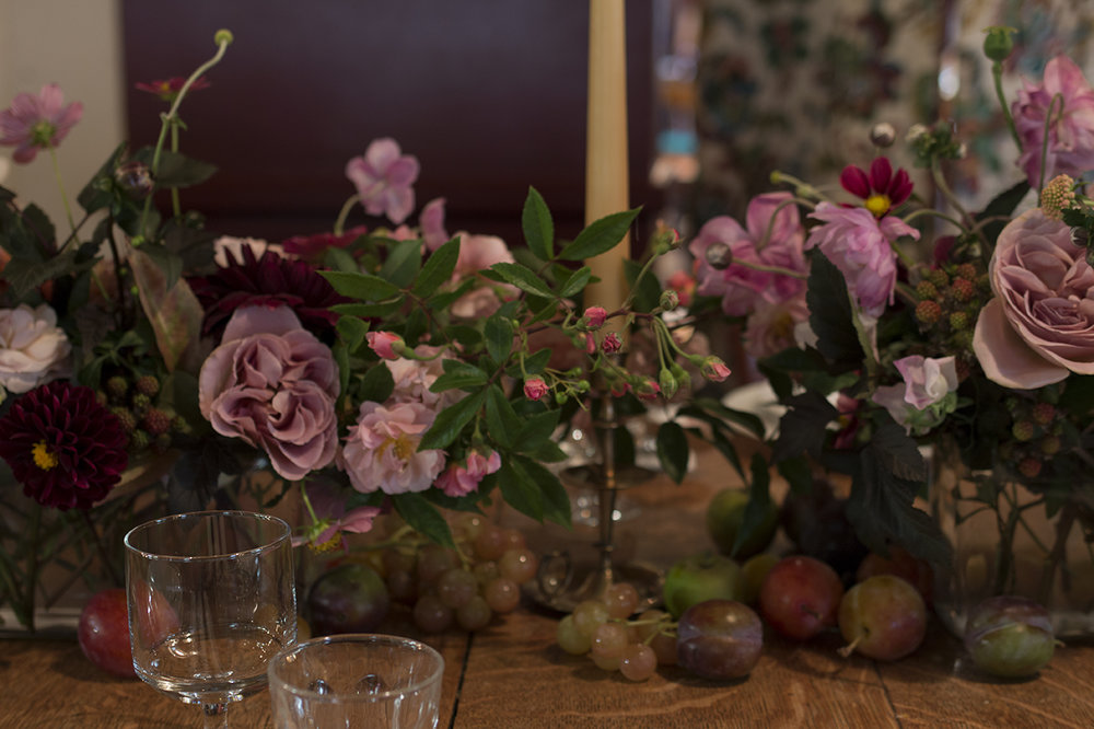 Wedding at The Magdalen Arms Oxford | Photo by Aesme Flowers