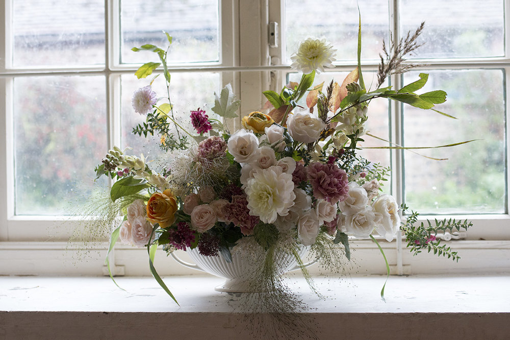 Charleston Farmhouse | Photo Aesme Flowers