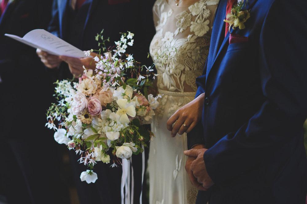 Summer bridal bouquet Aesme Flowers London | Photo credit Rik Pennington