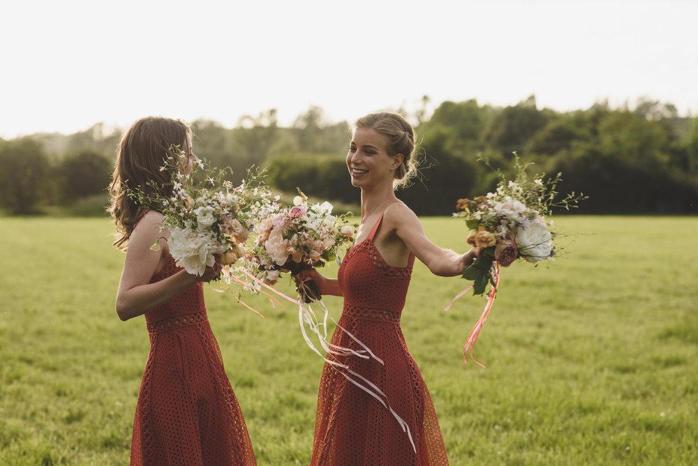 Bridesmaids bouquets Aesme Flowers London | Photo credit Rik Pennington