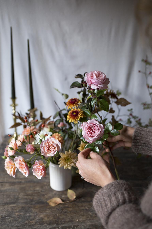 1:1 floral design class   Aesme Flowers London