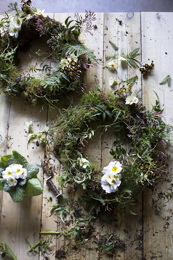 Aesme Flowers London | Spring Wreath