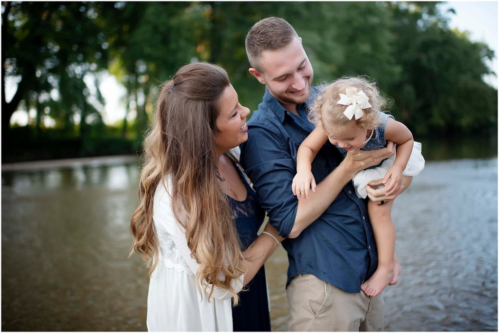 Columbus, Indiana Family Photographer