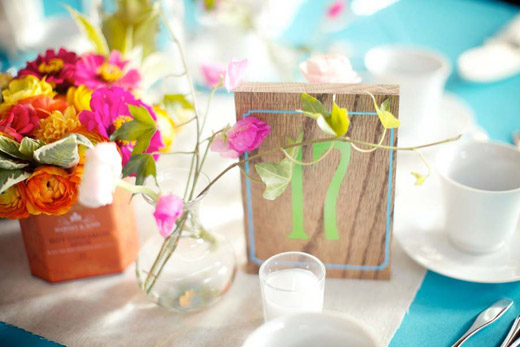 wood-painted-table-number-wedding