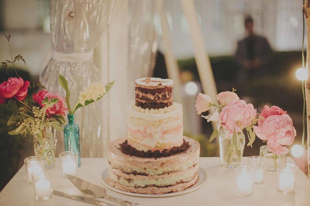 momofuku-wedding-cake