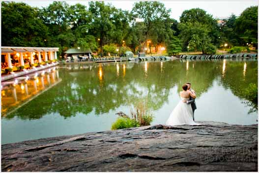 Hilary + Noah  //  Simple + Classic  //  CENTRAL PARK BOATHOUSE