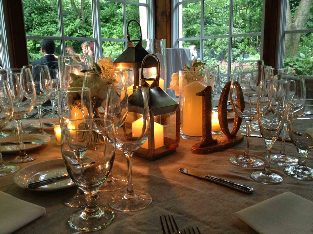 central-park-boathouse-wedding-lantern-centerpiece