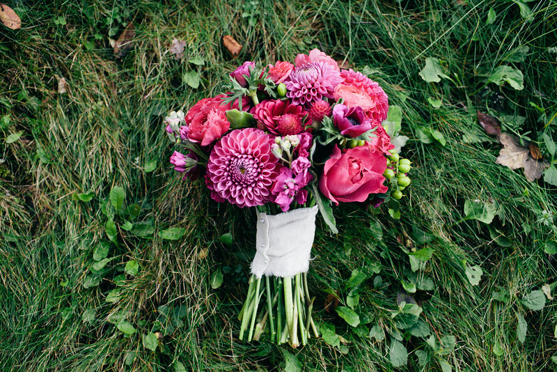 magenta-pink-bridal-bouquet-dahlias