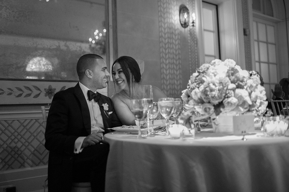 bw-bride-groom-romantic-reception-photo-new-york-botanical-gardens