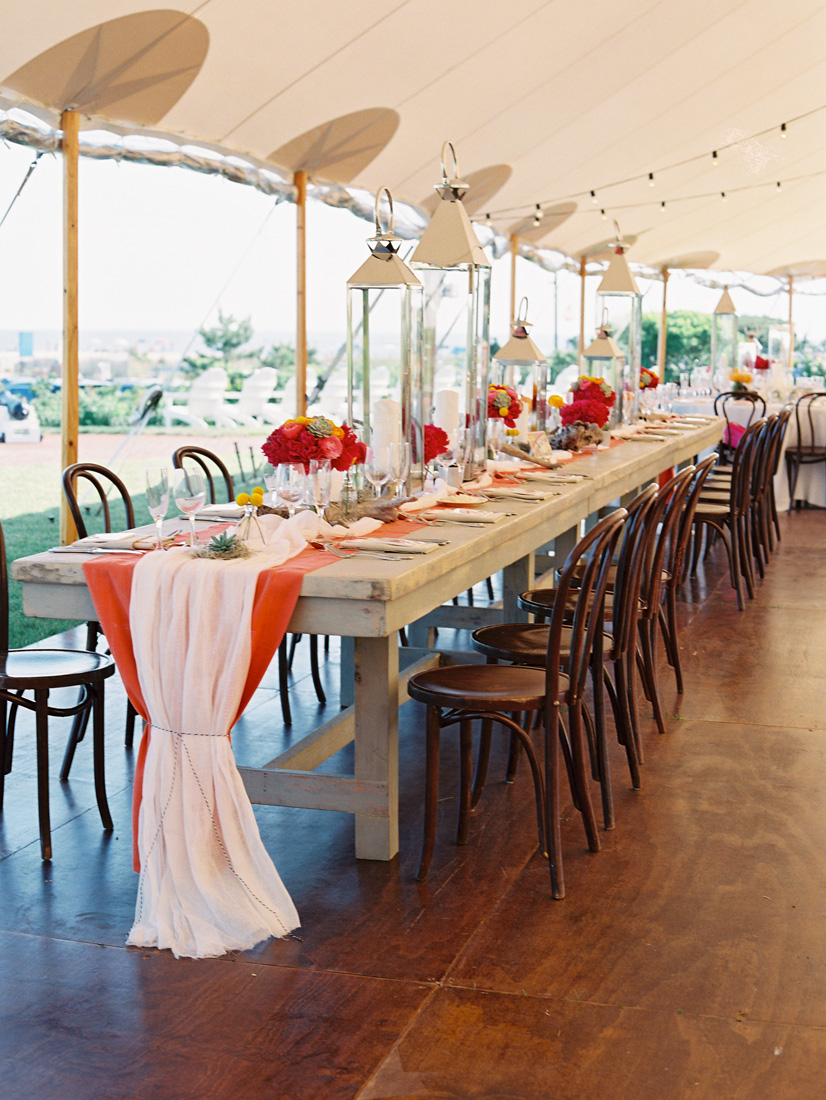 farmhouse-head-table-cheese-cloth-runner-silver-lanterns-sperry-tent