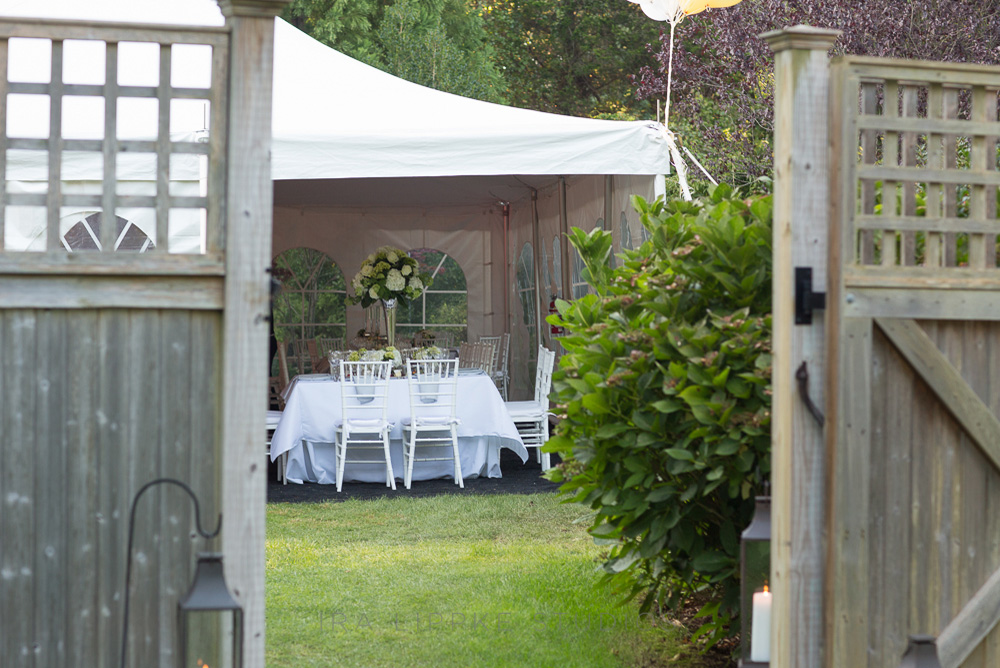 tented-wedding-white-backyard