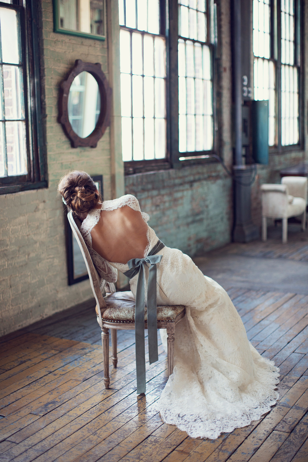 backless-wedding-dress-green-belt-metropolitan-building