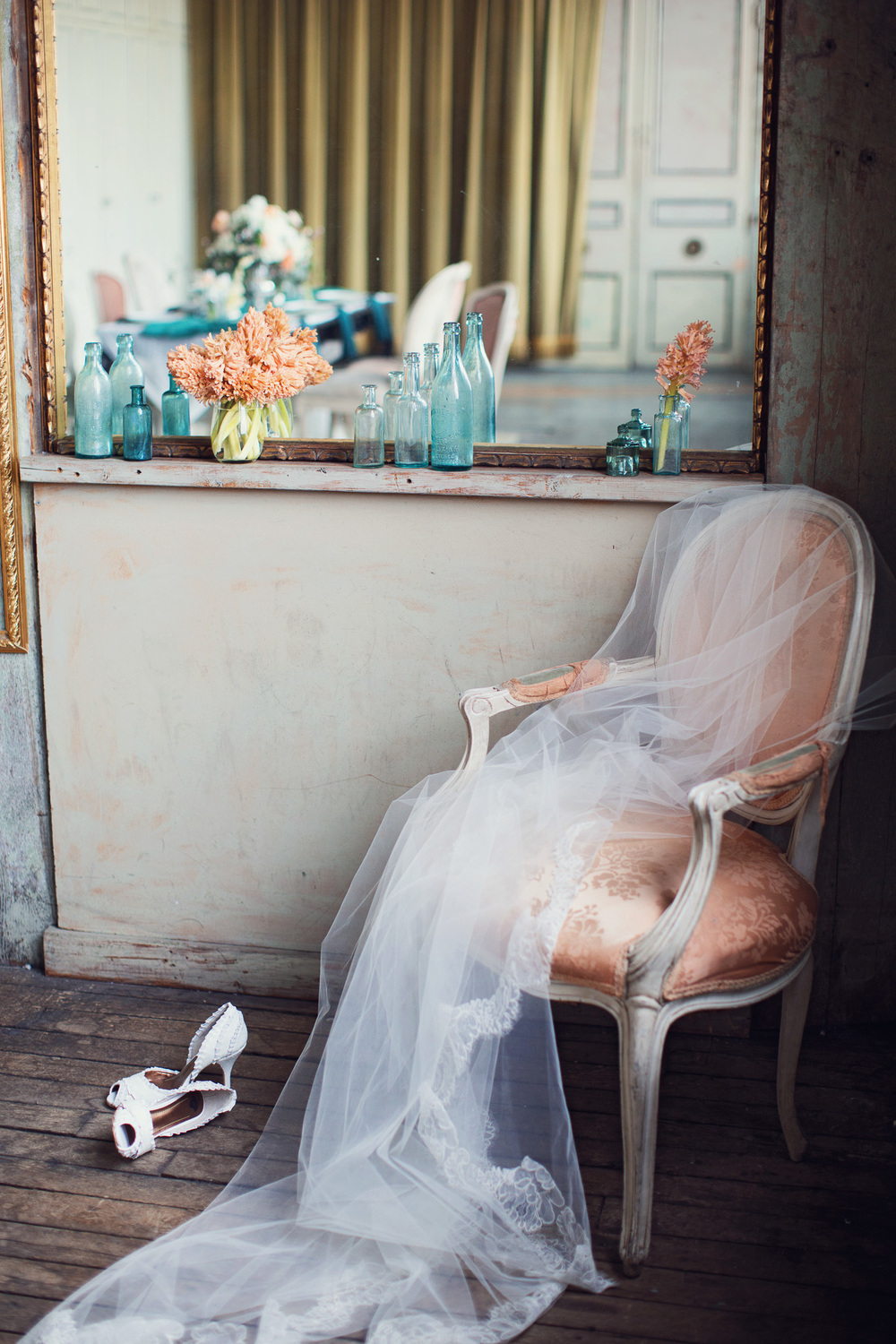 lace-veil-draped-peach-chair-vintage-pretty