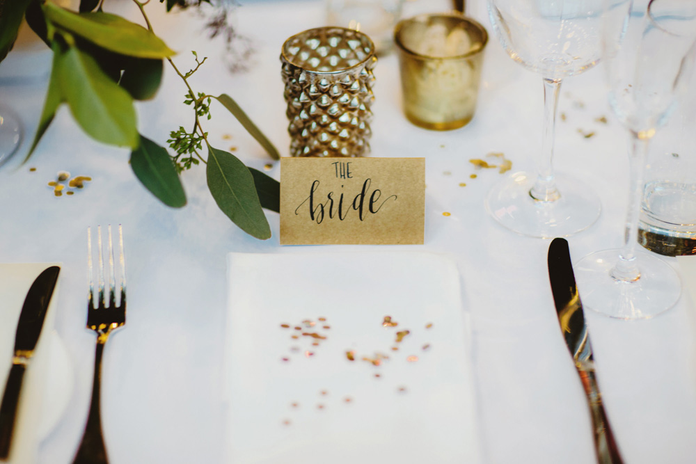 sequin-napkin-accent-gold-metallic-bride