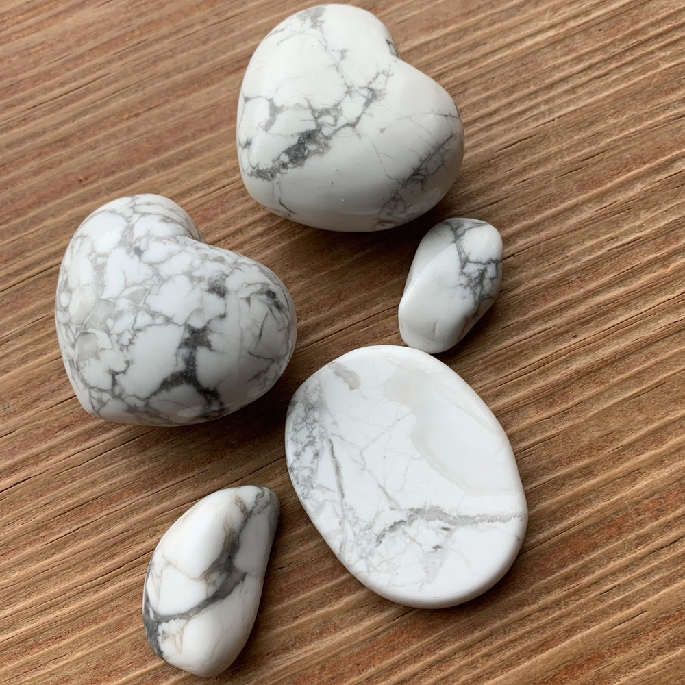 A few examples of Howlite