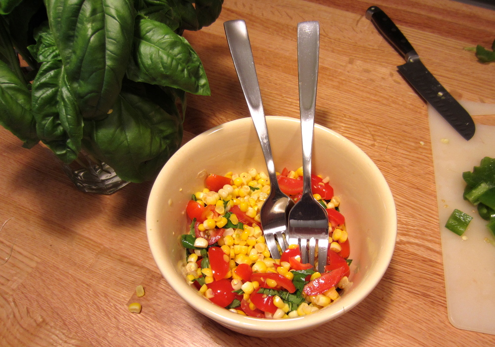 Corn salad with tomatoes and basil, for two