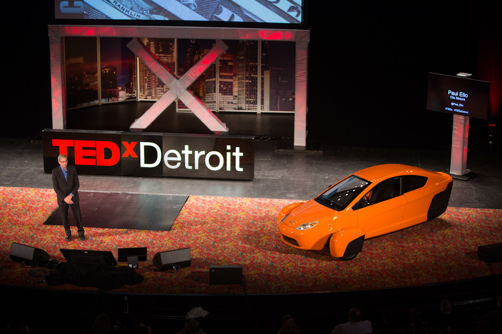 Engineer Paul Elio even brought his personal automobile on stage!!!