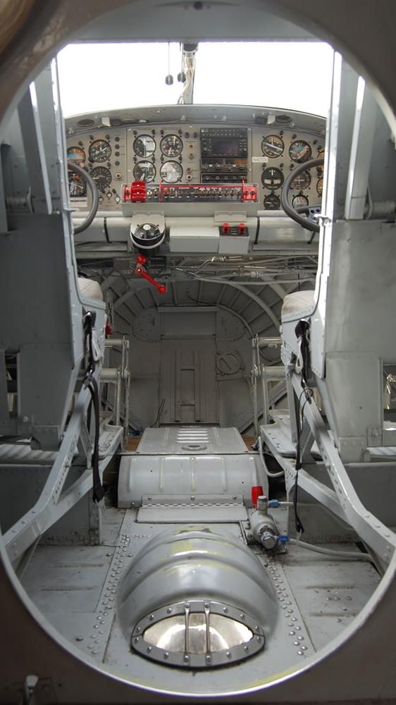 PBYcockpit1_j.jpg