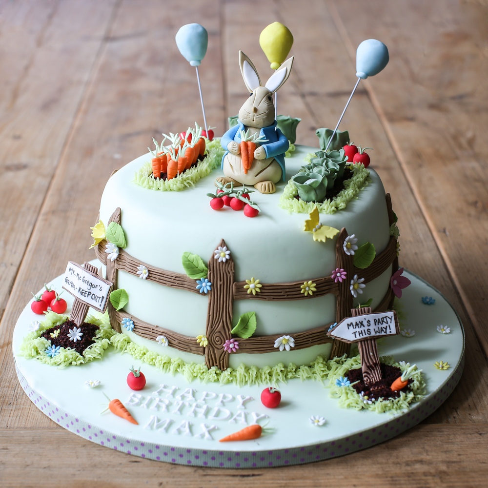 peter-rabbit-cake.jpg