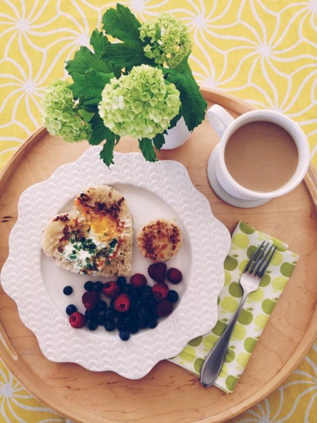breakfast-in-bed.JPG
