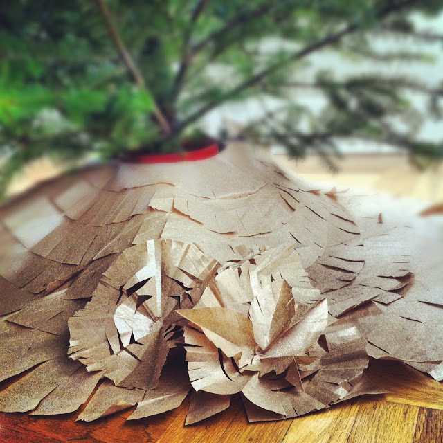 Paper Tree Skirt