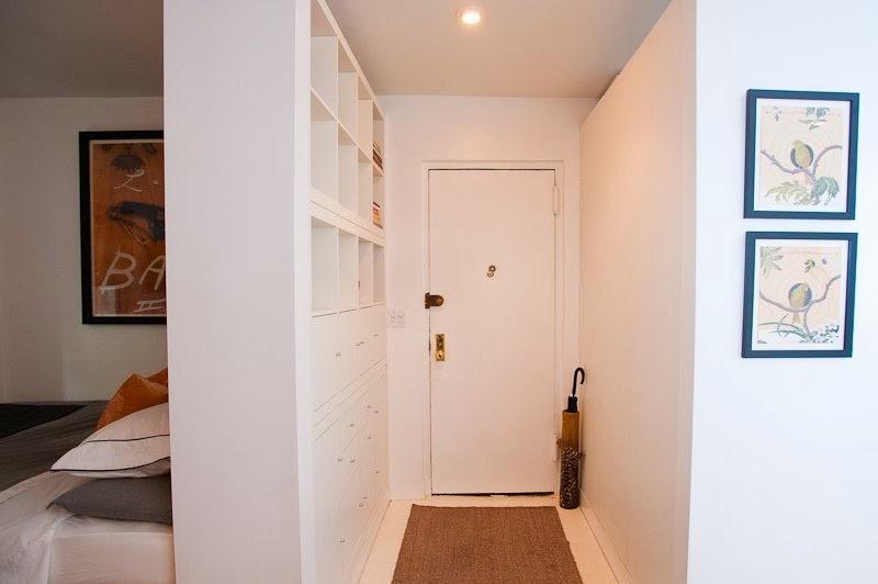 Room divider and hallway storage EXPEDIT hack