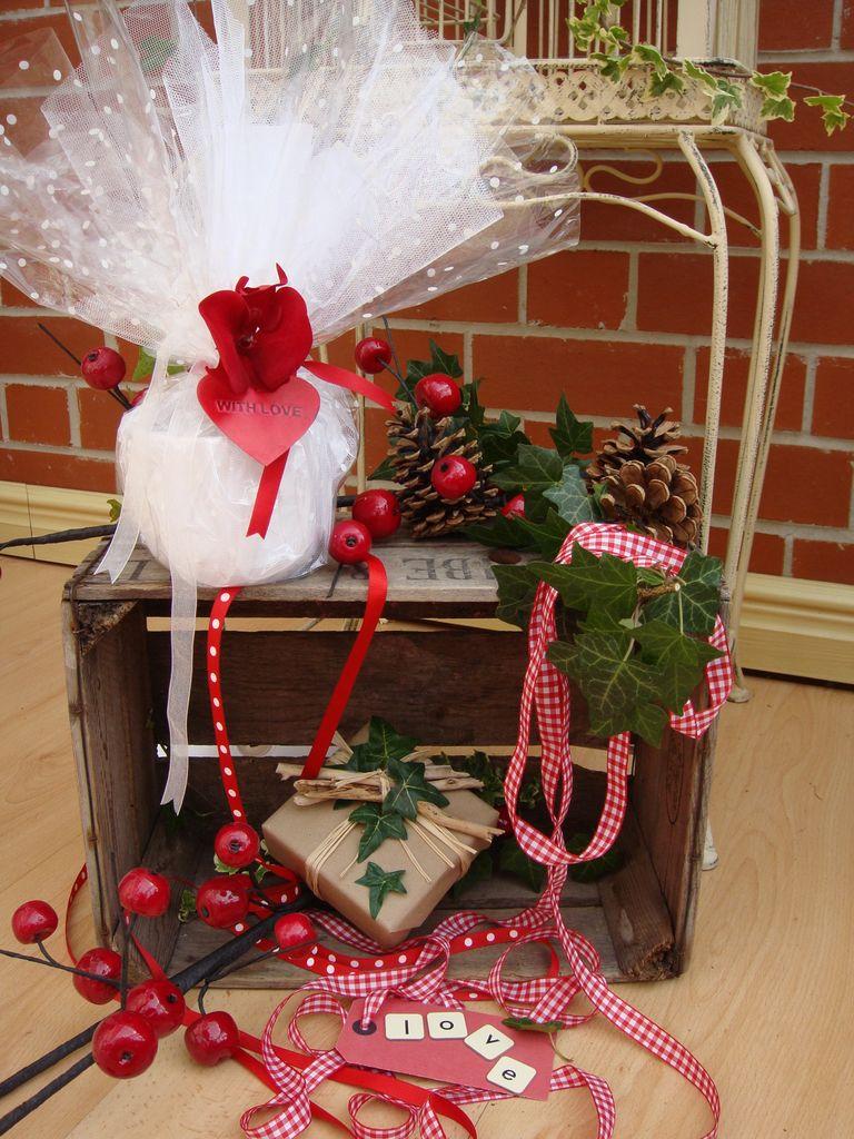 christmas wrapping image