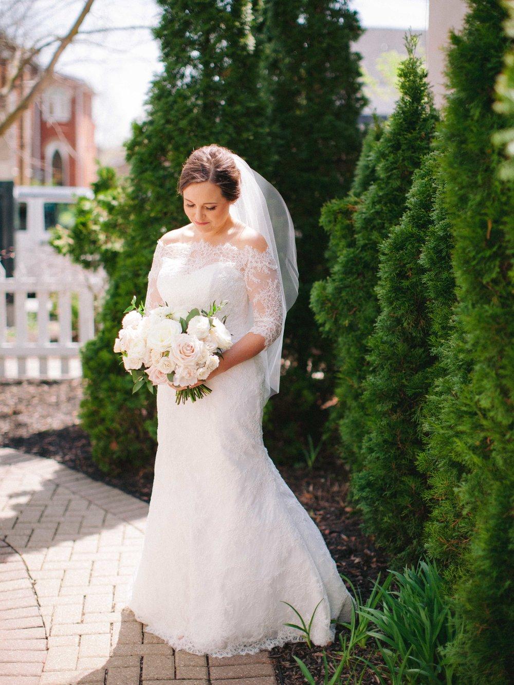 Niagara_on_the_lake_spring_wedding_kurtz_orpia_toronto_Vineyard_wedding_fine_art (23 of 92).jpg