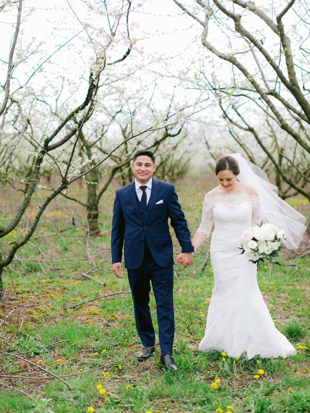 Niagara_on_the_lake_spring_wedding_kurtz_orpia_toronto_Vineyard_wedding_fine_art (63 of 92).jpg