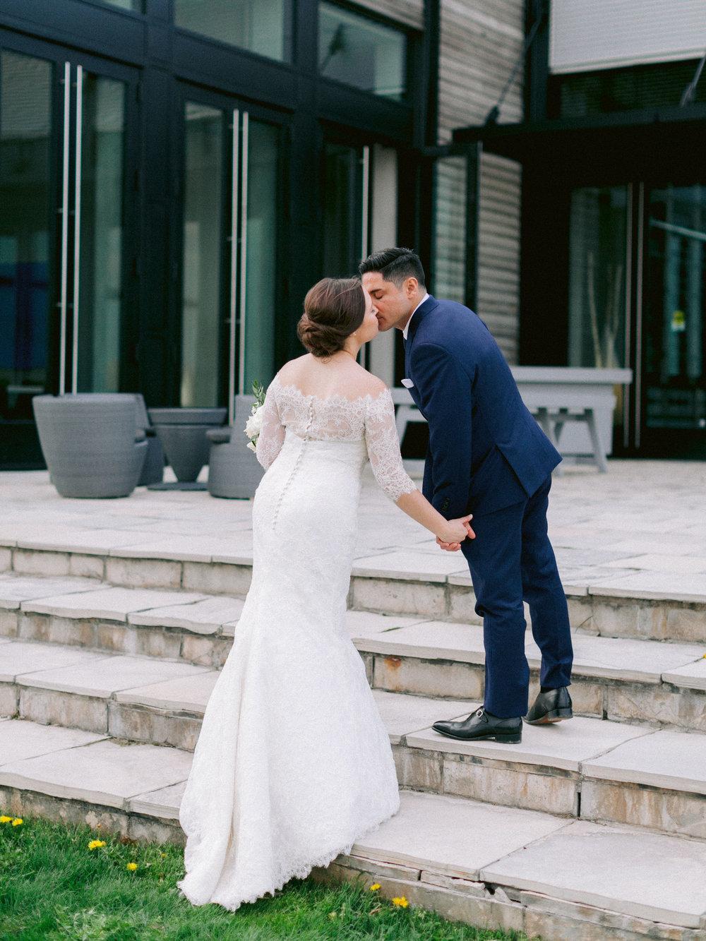 Niagara_on_the_lake_spring_wedding_kurtz_orpia_toronto_Vineyard_wedding_fine_art (71 of 92).jpg