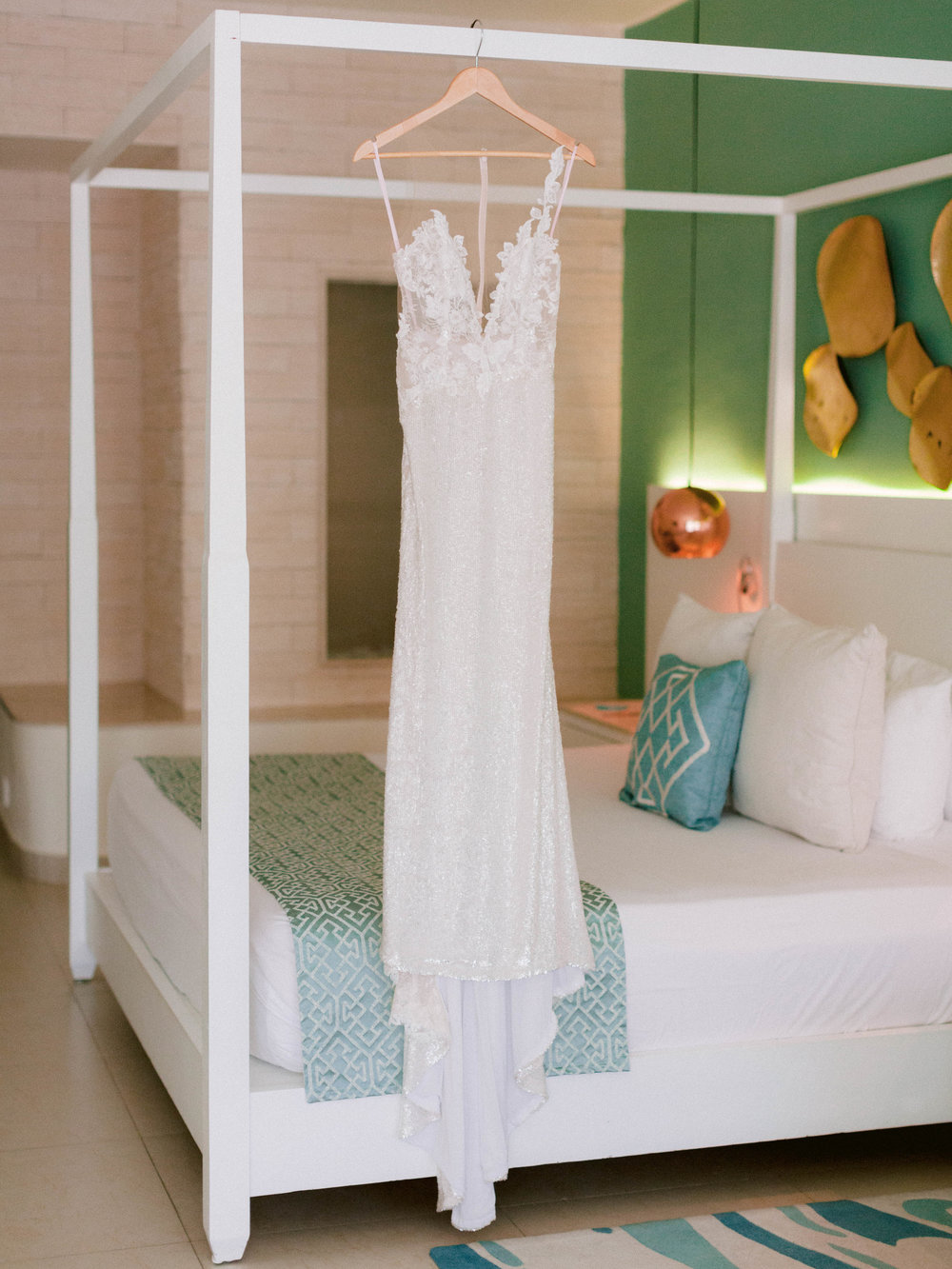 Kim_Jeff_Cancun Wedding_Getting_Ready_Kurtz_Orpia (21 of 105).jpg