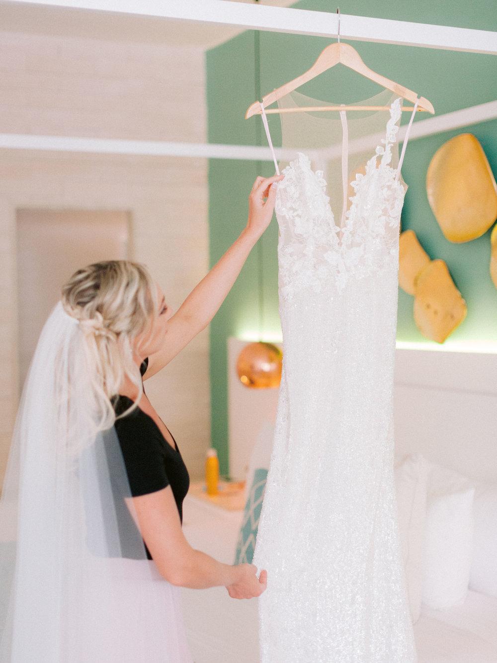 Kim_Jeff_Cancun Wedding_Getting_Ready_Kurtz_Orpia (40 of 105).jpg