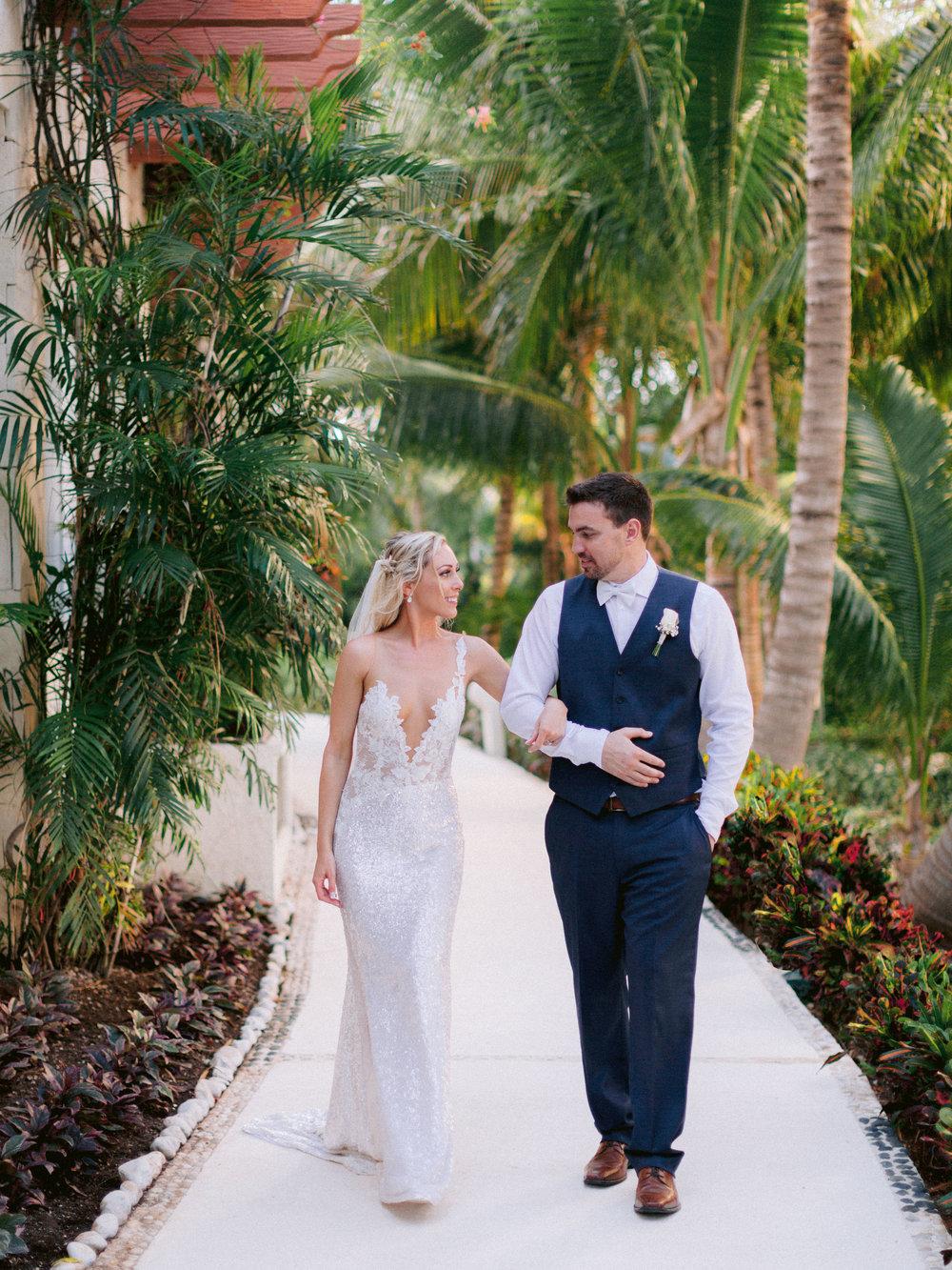 Kim_Jeff_Cancun Wedding_Portraits_Kurtz_Orpia (80 of 178).jpg