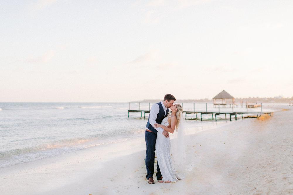 Kim_Jeff_Cancun Wedding_Portraits_Kurtz_Orpia (122 of 178).jpg
