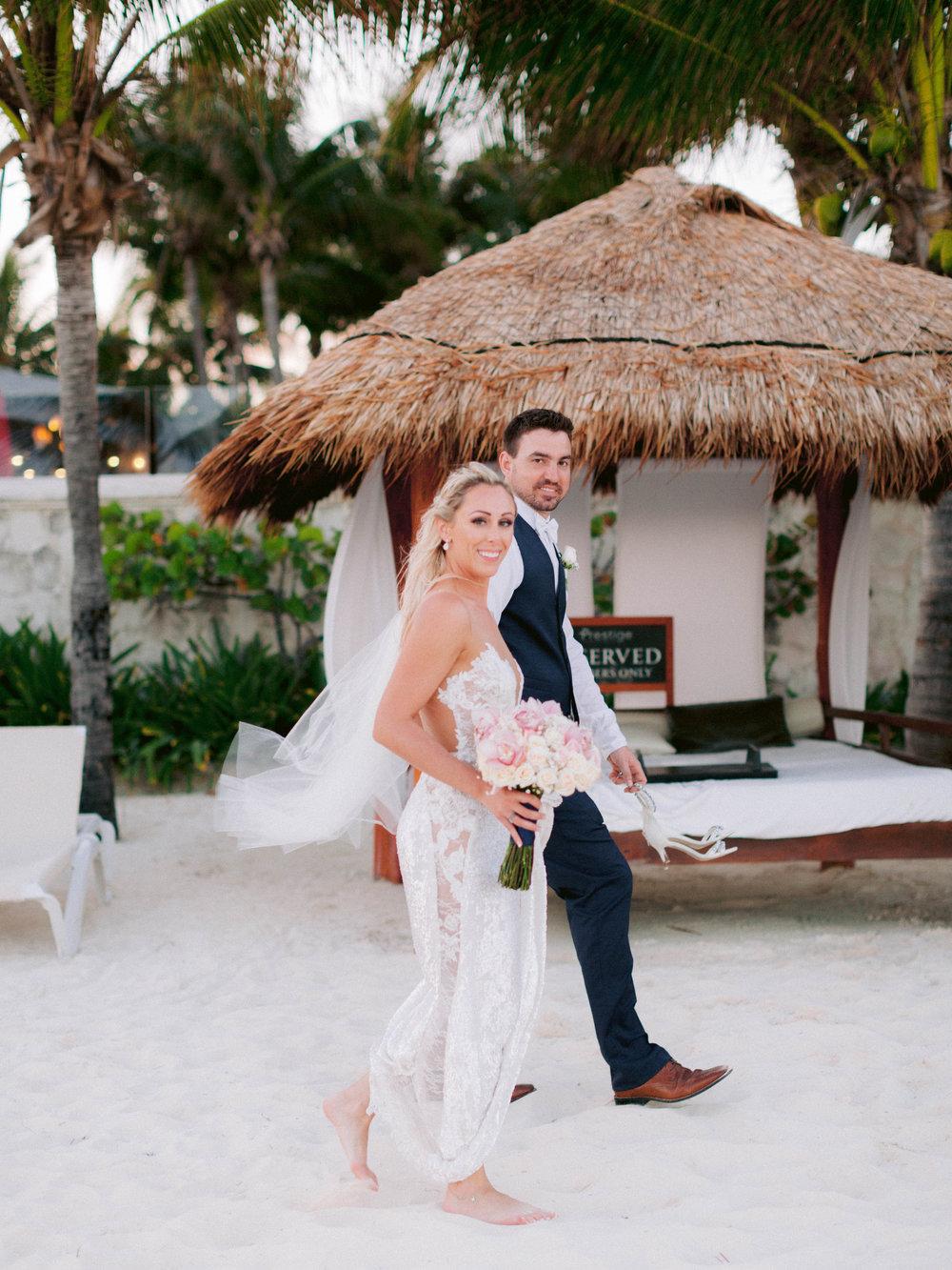 Kim_Jeff_Cancun Wedding_Portraits_Kurtz_Orpia (163 of 178).jpg