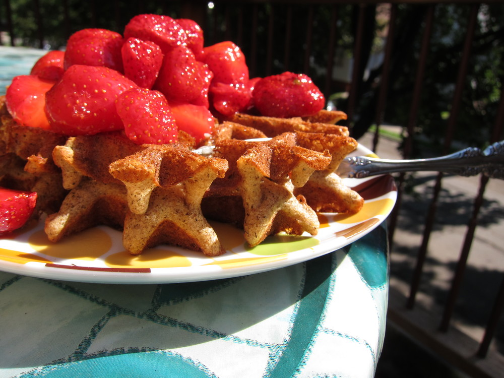 strawberry waffles 002
