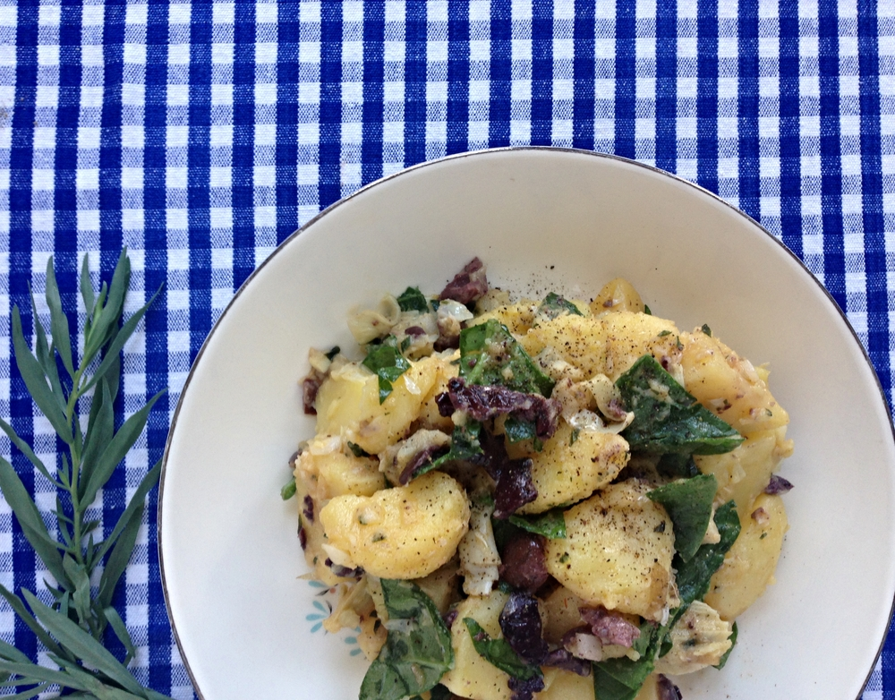 Tarragon and Lemon Potato Salad | funkybeetsblog.com
