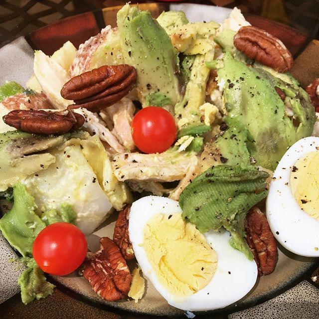 Lunch is served on @Whole 30 day 5. Leftover chicken, potato salad, avocado, boiled egg, pecans and cherry tomatoes.  Filling and delicious! #whole30lunch