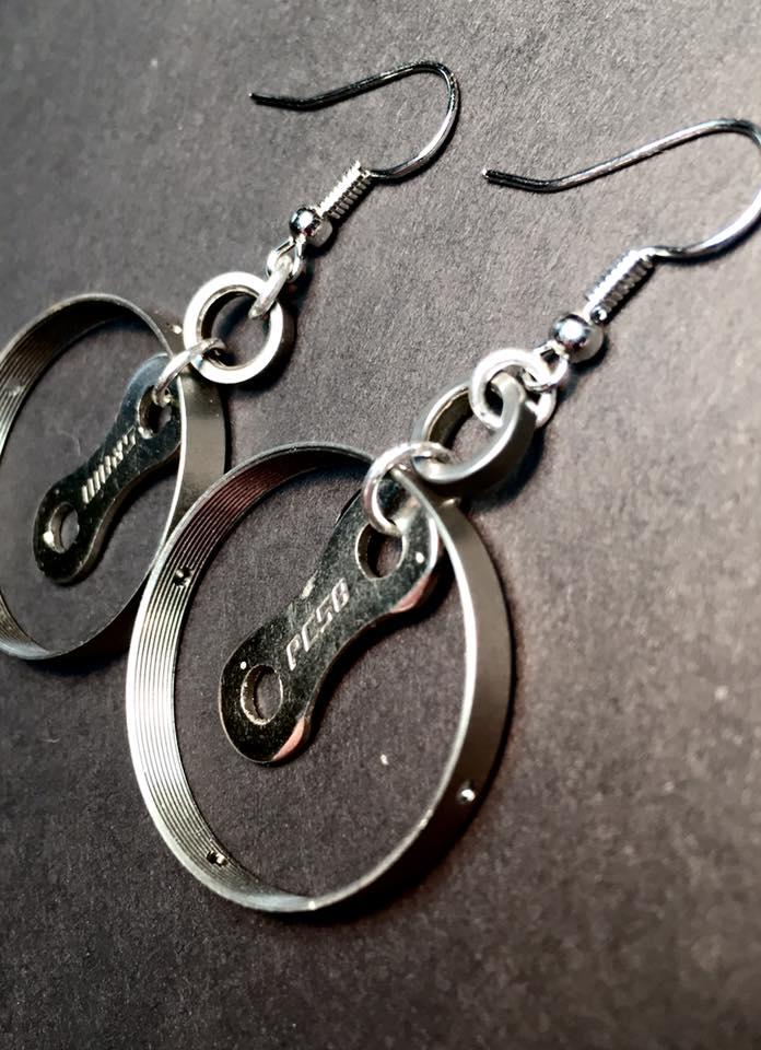 wreckcycled-earring1.jpg