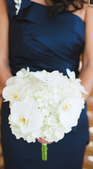 aalonso bridesmaid bouquet 2.jpg