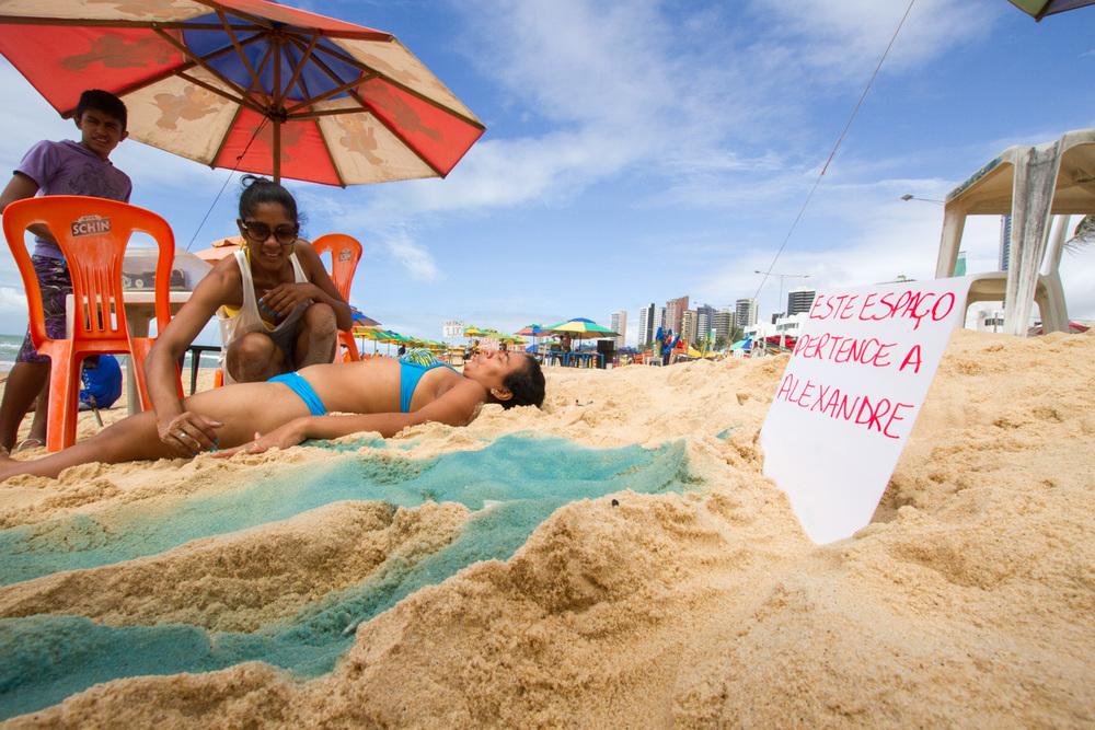 Compre Seu Espaço na Praia - Chrys Silva - Foto Maurício_Cuca_200614_MG_2040.jpg