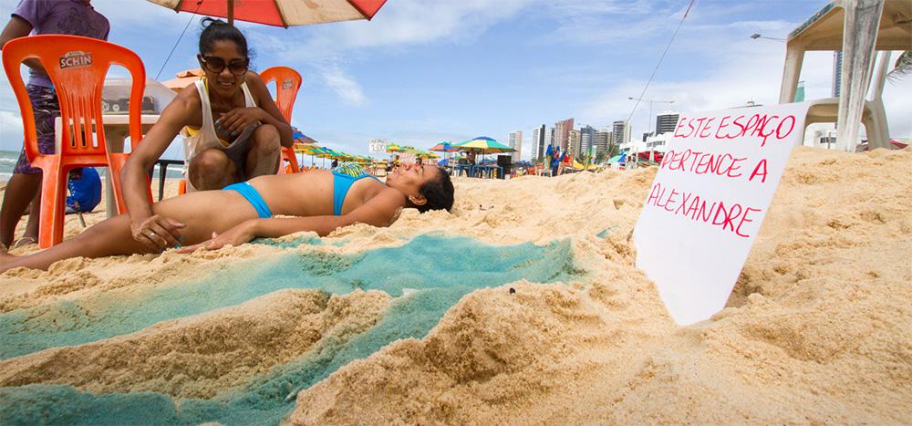 """""""Compre seu espaço na Praia"""", por Chrys Silva"""