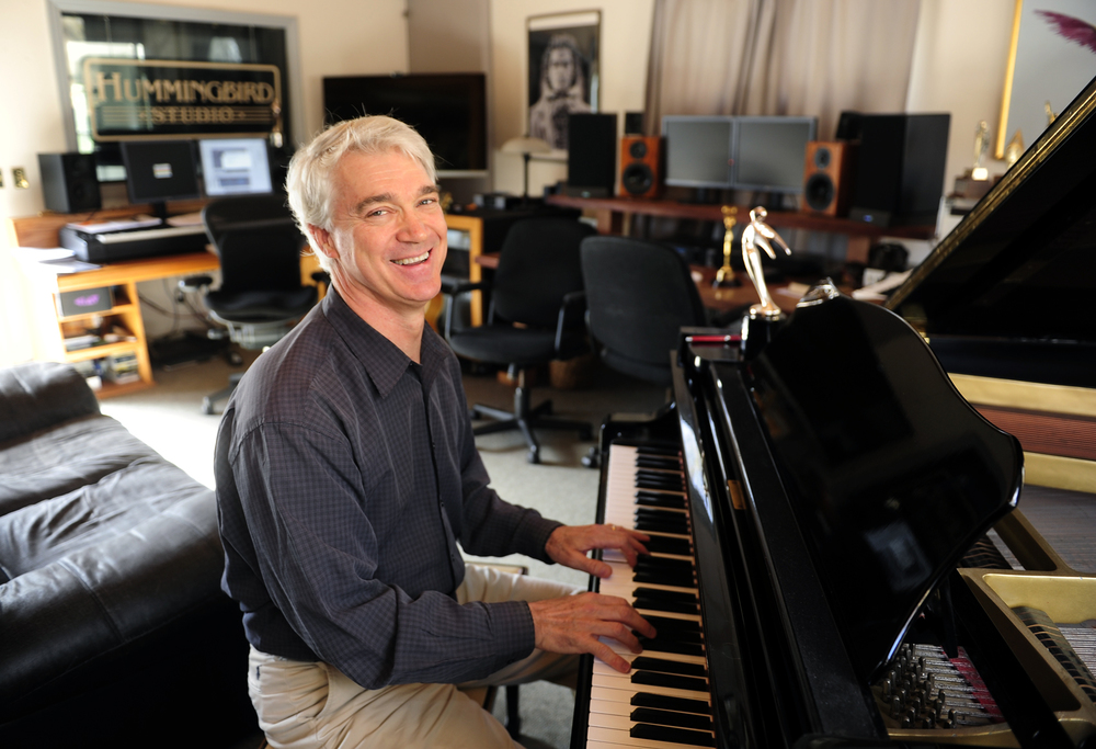 Bob-Farnsworth-PR-Headshot-at-Piano-2014.jpg