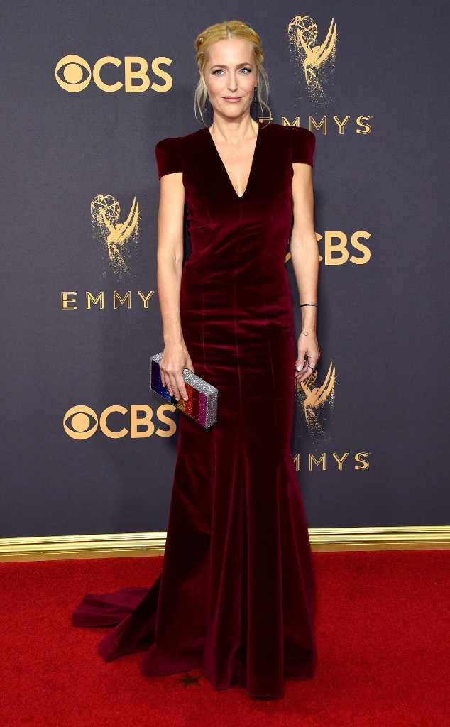 rs_634x1024-170917181341-634-gillian-anderson-2017-Emmys-mh-091717.jpg