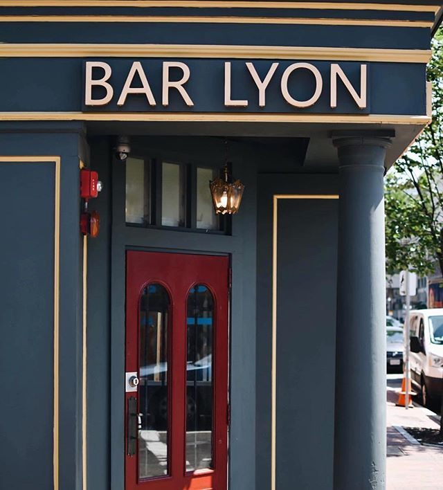 Signs are up at new Washington Street spot @barlyonboston - can't wait to see this new addition to the neighborhood open its doors! 📷: @barlyonboston