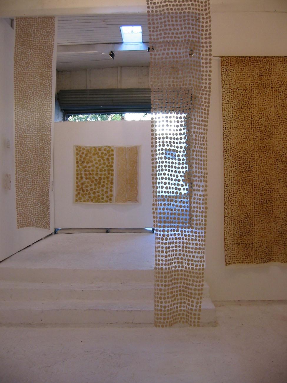 exhibition01.jpg
